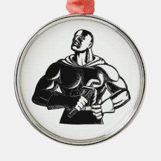 Superheld-Klempner mit Schlüssel-Holzschnitt Rundes Silberfarbenes Ornament
