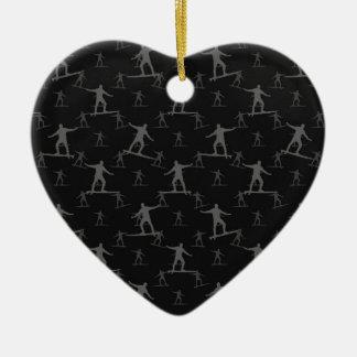 Surfendes Motiv-Muster Keramik Herz-Ornament