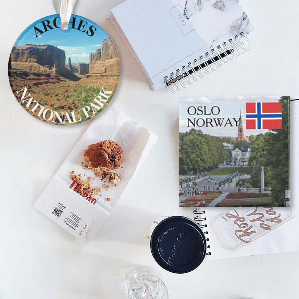 TRAVEL SOUVENIRS & GIFTS