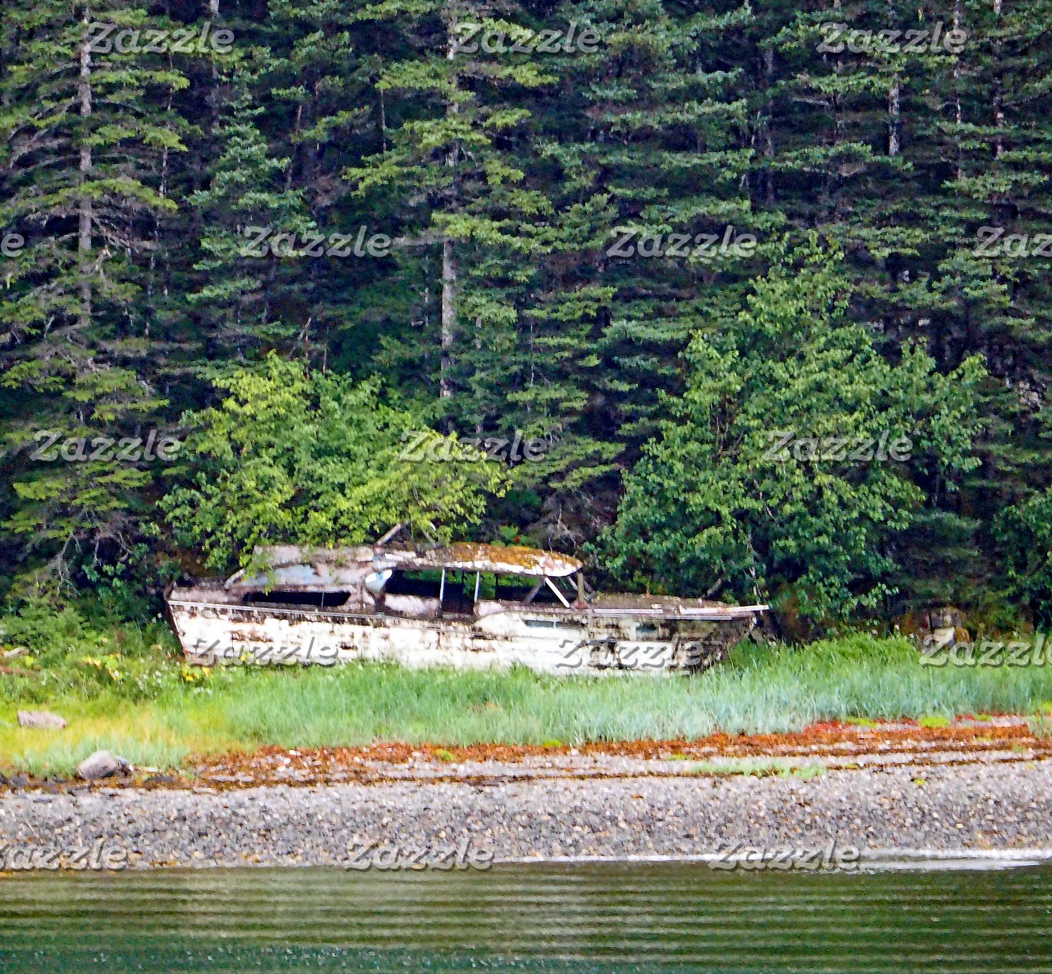 Old Boat 586