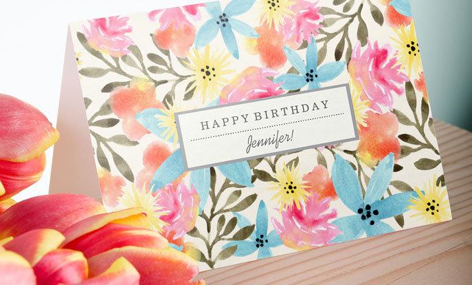 Gestalte Geburtstagskarten für Deine Lieben und personalisiere Sie mit Ihrem Namen. So ist schon die Karte ein Geschenk.