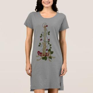 T - Shirt-Kleid der Frauen alternatives Kleider