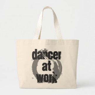 Tänzer an der Arbeits-weißen u. grauen riesigen Jumbo Stoffbeutel