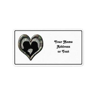 Tarnungs-Herz mit küssenden Paaren Adressetiketten