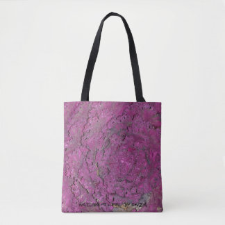 Tasche mit lila Kohl