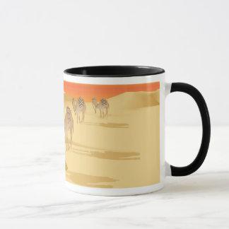 Tasse mit Wohnwagen der Kamele