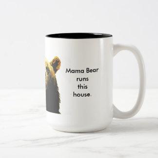 Tasse Mutter Bear Runs This House