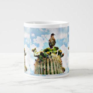 Taube auf Saguaro-riesiger Kaffee-Tasse Jumbo-Tassen
