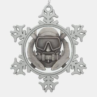 Taucher Spezifikt. Ops Schneeflocken Zinn-Ornament