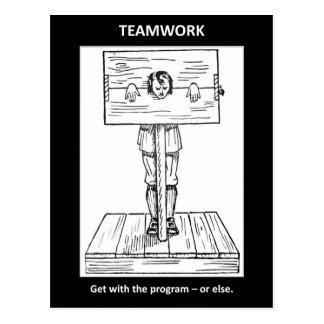 Teamwork-erhalten-mit-d-Programm-oder-sonst Postkarte