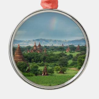 Tempel in Bagan, Myanmar Silbernes Ornament