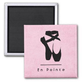 Text en Pointe mit schwarzem Ballett-Schuh-en Quadratischer Magnet