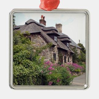 Thatched Hütte, Vereinigtes Königreich 5 Quadratisches Silberfarbenes Ornament