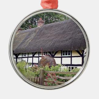Thatched Hütte, Vereinigtes Königreich 8 Rundes Silberfarbenes Ornament