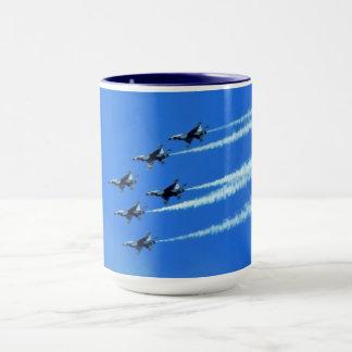 Thunderbird spritzt (sechs) Flyby-Tasse Tasse
