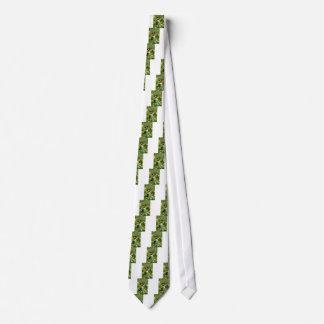 Tiger-Frack-Schmetterling auf Wildblume Personalisierte Krawatten