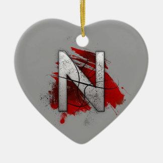 Tödlicher Entwurfs-Monogramm-Buchstabe N Keramik Herz-Ornament