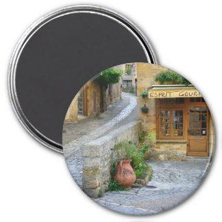 Townscape in Dordogne, Frankreich runder Magnet Runder Magnet 7,6 Cm