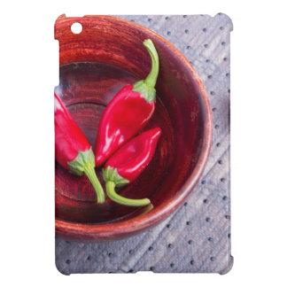 Trägt heißer roter Pfeffer der Paprikas Früchte iPad Mini Hülle