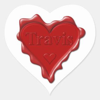 Travis. Rotes Herzwachs-Siegel mit NamensTravis Herz-Aufkleber