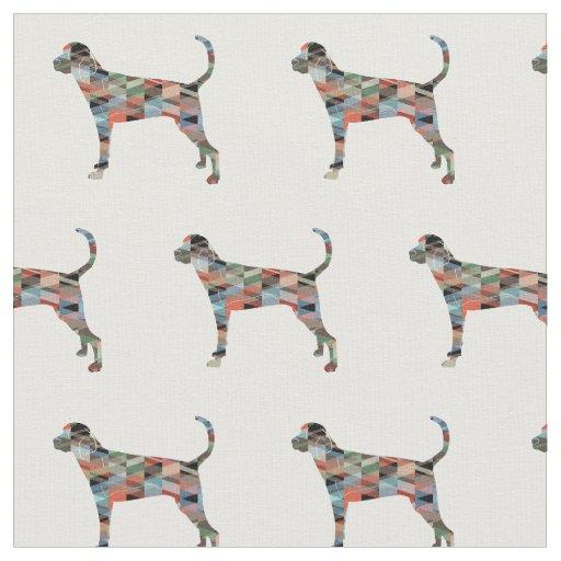 Treeing Wanderercoonhound-Silhouette mit Ziegeln Stoff