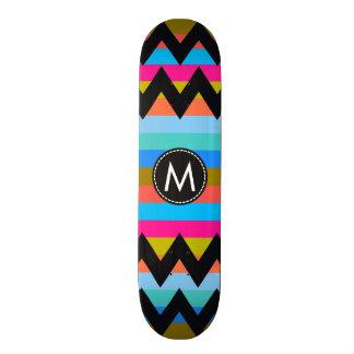 Trendy Zickzack Streifen-Muster #4 Personalisiertes Skateboarddeck