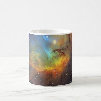 Tulpe-Nebelfleck SH2-101 die NASA Tasse
