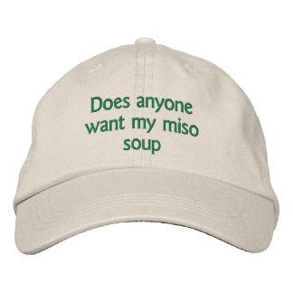 tut jedermann wollen meine Misosuppe Bestickte Kappe