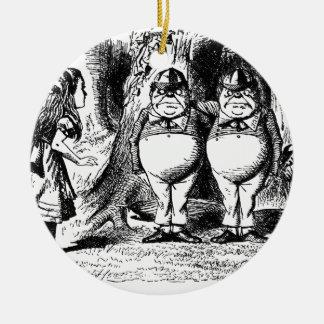 Tweedle Dum und Tweedle Dee Rundes Keramik Ornament