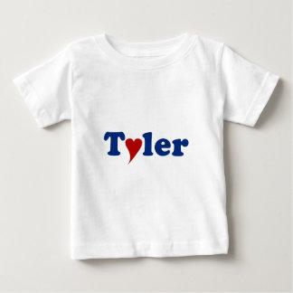 Tyler mit Herzen Baby T-shirt
