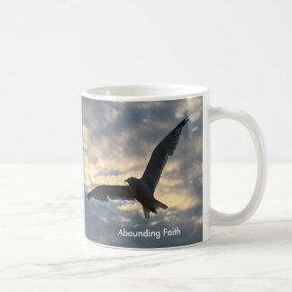 Überfluss habender Glauben-Vogel - Tasse