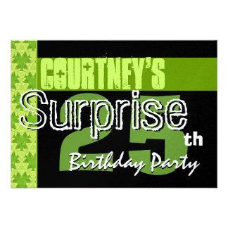 Überraschen Sie 25 Geburtstags-Limones grünes Personalisierte Einladung