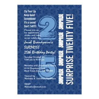 ÜBERRASCHEN Sie 25. Geburtstags-modernes blaues Personalisierte Ankündigungskarte