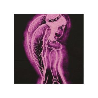 Umgekehrter seitlich Engel im Rosa und im Holzleinwand
