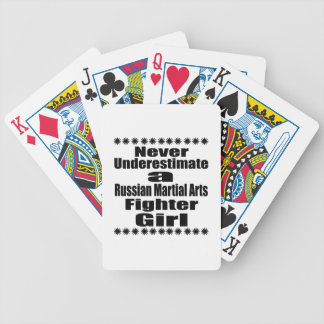 Unterschätzen Sie nie russischen Pokerkarten