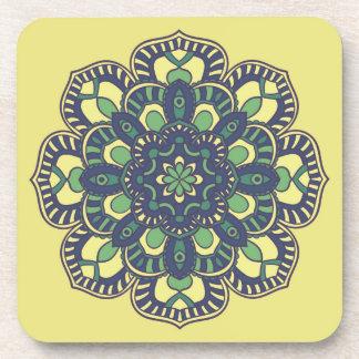 Untersetzer mit Mandala-Blumenmuster-Druck