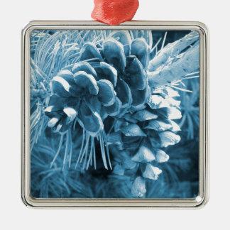 Ursprüngliches WeihnachtsKiefer-Eisblau pinecone Quadratisches Silberfarbenes Ornament