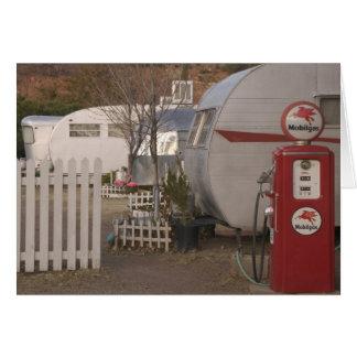 USA, Arizona, Bisbee: Schattiges Dell-Motel, alles Karte