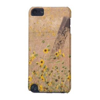 USA, Kalifornien, Adin. Stacheldraht-Zaun iPod Touch 5G Hülle