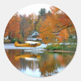 USA, Neu-England, New Hampshire. Floss-Flugzeug Runder Aufkleber