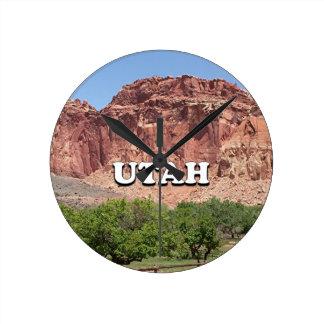 Utah: Fruita, Hauptstadts-Riff-Nationalpark, USA Runde Wanduhr