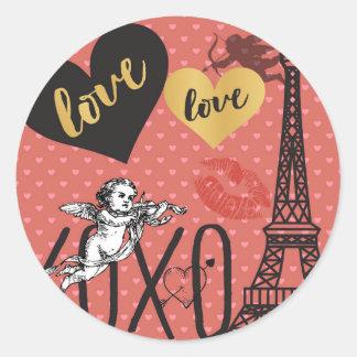 Valentinsgruß-Amoren, Herzen und der Eiffelturm Runder Aufkleber