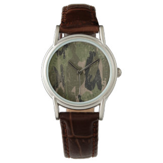 Verblaßte grüne Camouflage Armbanduhr