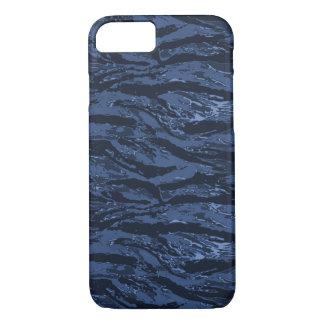Verblaßter blauer gestreifter iPhone 8/7 hülle