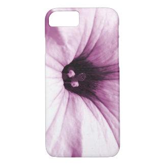 Verblaßtes lila Blumenmakrobild iPhone 8/7 Hülle