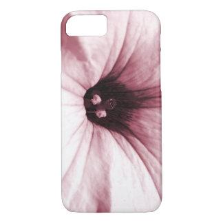 Verblaßtes rosa Blumenmakrobild iPhone 7 Hülle