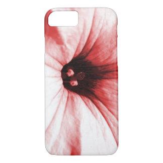 Verblaßtes rotes Blumenmakrobild iPhone 7 Hülle