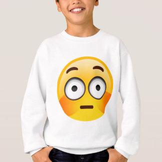 Verlegenes Emoji mit spülten Backen Sweatshirt