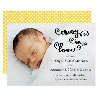 Verrückt im Liebe-Gelb - Geburts-Mitteilung Karte