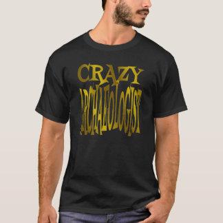 Verrückter Archäologe im Gold T-Shirt